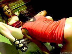 Nikki Rhodes Has Lesbian Fun With Lesbian Alyssa Reece
