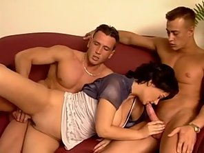 Big Boobs Babe Takes Double Penetration From Her Dudes