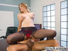 Young Woman Giselle Palmer With Hungry Pussy Tempts Businessman