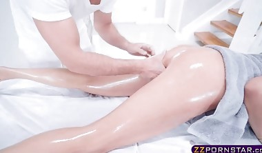 Masseur With A Big Cock Fucks A MILF On The Massage Table