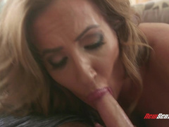 Desire To Be A Good Stepmother Makes Richelle Ryan Get It On With Boy