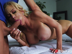Office Woman Alexis Fawx Wants Sex And Calls Masseur To Satisfy Her