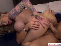 It's Cold And Gorgeous MILF Danielle Derek Warms Man By Sex
