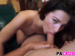 Good-looking Avery Moon Has Nothing Against Sex With Stepdad