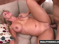 Blonde Boss Holly Heart Drags Worker Into Spontaneous Sex