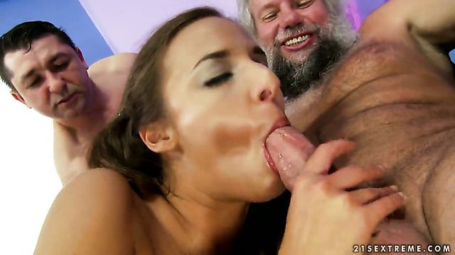 Brunette Amirah Adara Is On The Way To The Height Of Pleasure With Her Mans Tool In Her Mouth
