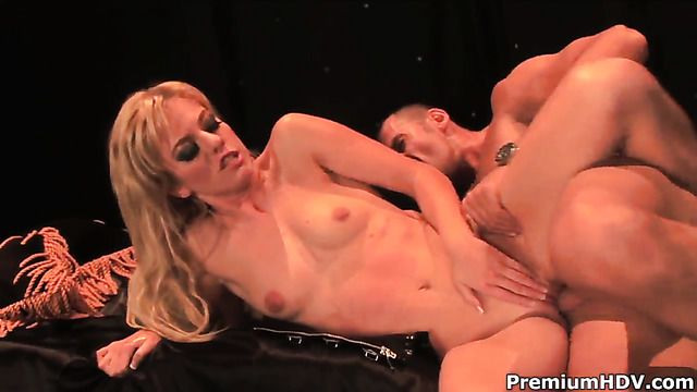 Angela Stone Shows Oral Sex Tricks To Hot Blooded Man With Passion And Desire
