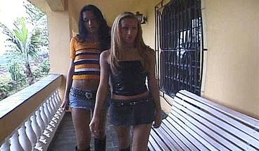 "Bi Guy Gets Two Tranny Chicks They All Take Turns""><source Srcset=""https://mediav.porn.com/sc/0/66/66344/promo/crop/368/promo_1.jpg"" Type=""image/jpeg"
