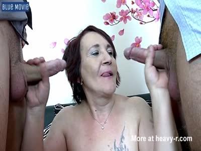 1 Granny 2 Cocks