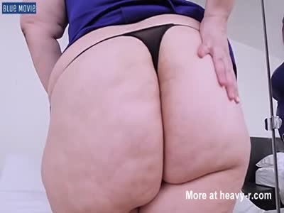 Sexy Lady With Massive Ass