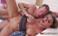 Big Ass MILF With Big Tits Enjoying Anal Fucking